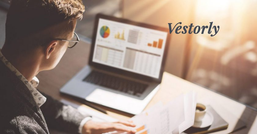 Vestorly Adds Larry Roth, Financial Services Veteran, to Advisory Board