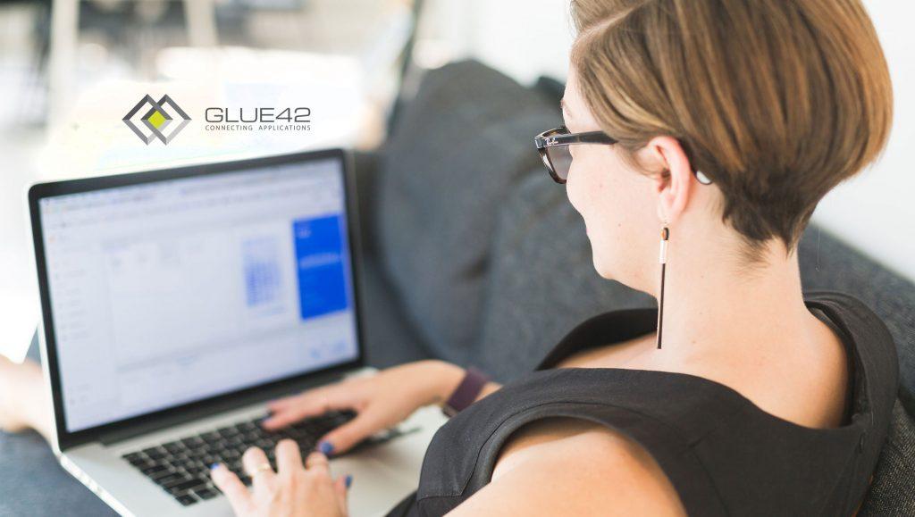 Glue42 Extends Desktop User Experience via Open APIs