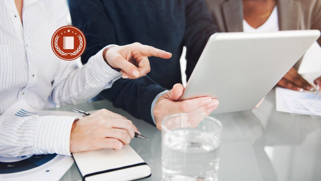Best CRM Software Awards Given for August 2018 by 10 Best CRM