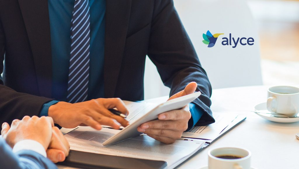 Alyce Partners with Outreach to Improve ABM Execution with AI-Powered Direct Mail and Swag