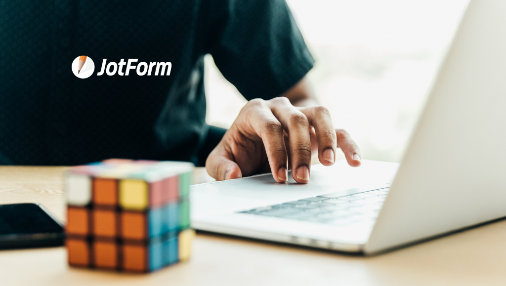 New JotForm and HubSpot Integration Sends Form Data to CRM