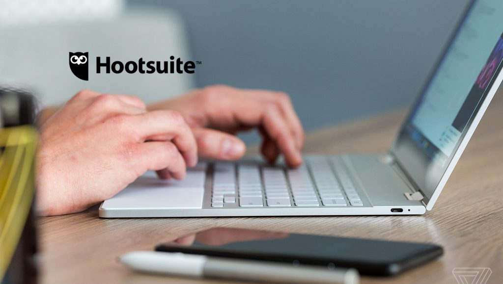 Hootsuite Named a Leader in Sales Social Engagement Tools Report by Independent Research Firm