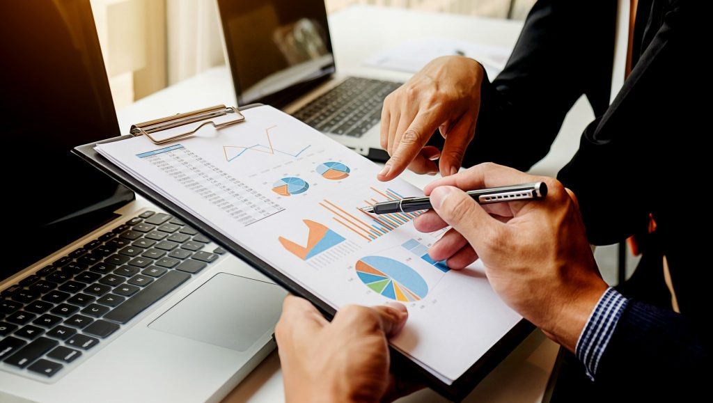 How Businesses Can Decipher Customer Data Using VoC Analytics Programs | A Free Resource by Quantzig