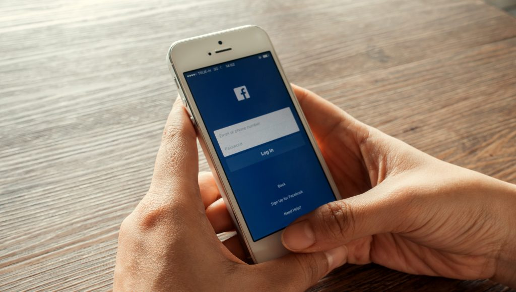 How Facebook Advertising Increases Your Customer Retention
